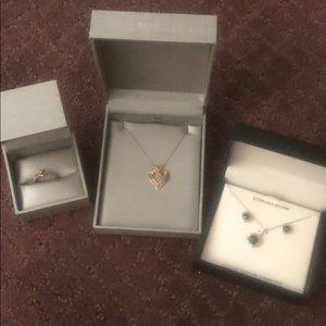 2 necklaces and 1 ring. Genuineexcellentcondition